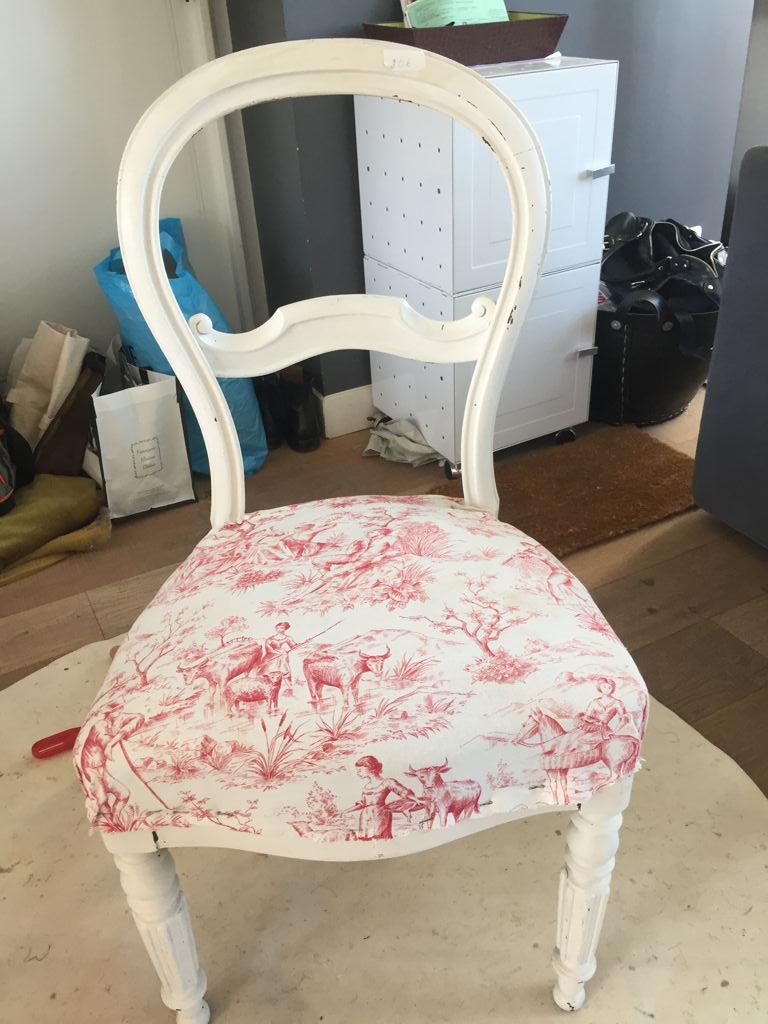 Chaise Style Louis Philippe , pieds cannelés - avant