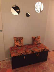 Petit banc d'entrée, garniture Bultex, tissu Jungle de Casal